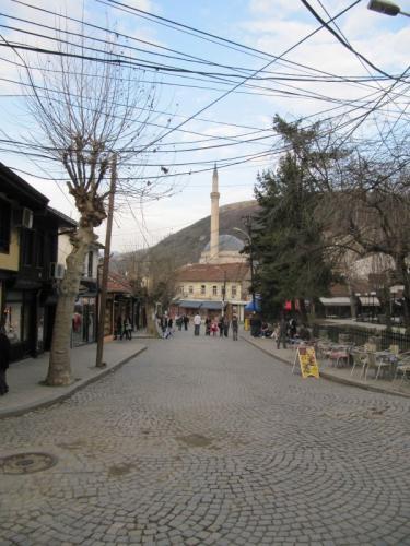 Blick Shadervan, die Flaniermeile der Stadt Prizren